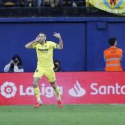 Pedraza evita el daltabaix del Villarreal davant el Llevant en l'Estadi de la Ceràmica en el minut 93 (1-1)
