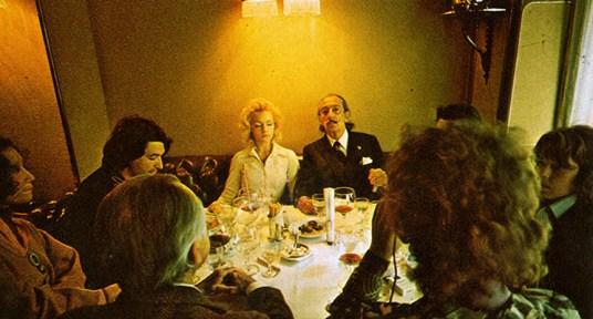 Salvador Dalí in Via Veneto, Barcelona. / Foto: official page of Via Veneto.
