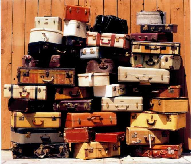 Maletas amontonadas. / Foto: www.sheilazellerinteriors.com.