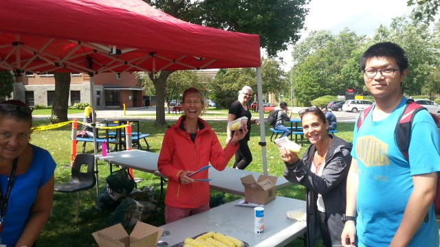 Student Services Welcomes All with Corn-Boil