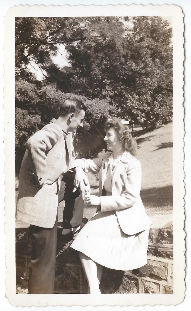 orig 1940s vintage photo young couple IN LOVE staring into each others eyes