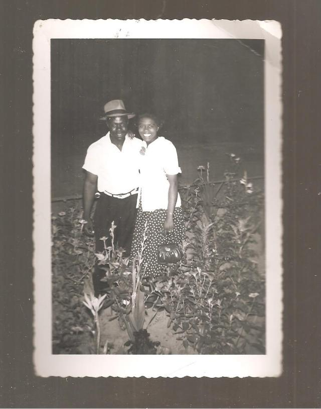 1950s vintage couple in love in garden