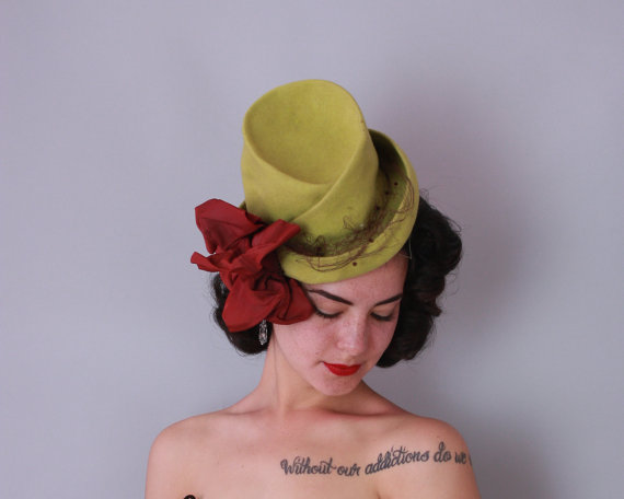 1940s 'New York Creation' tilt hat in chartreuse green