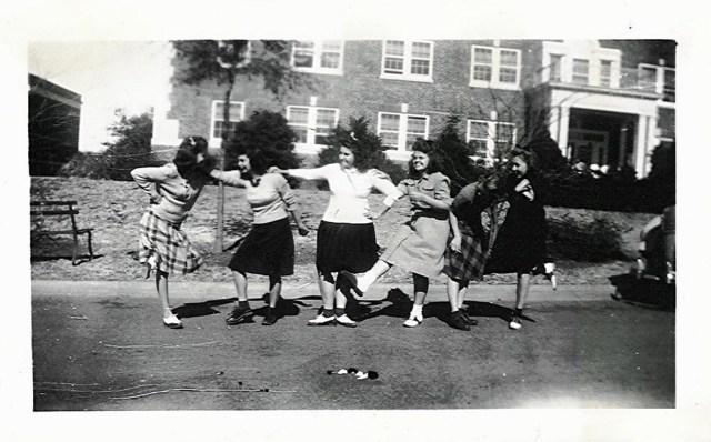 1940s girls vintage image