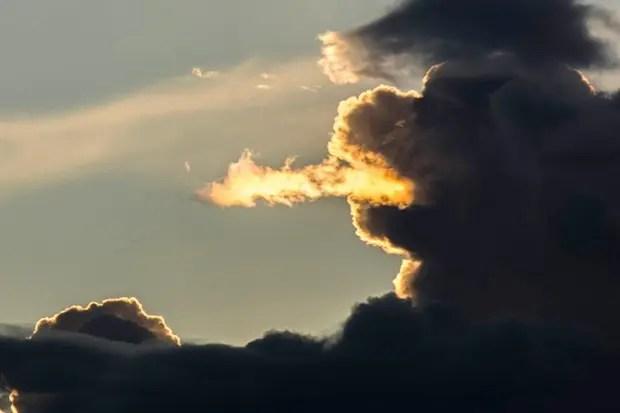 dragón de nubes