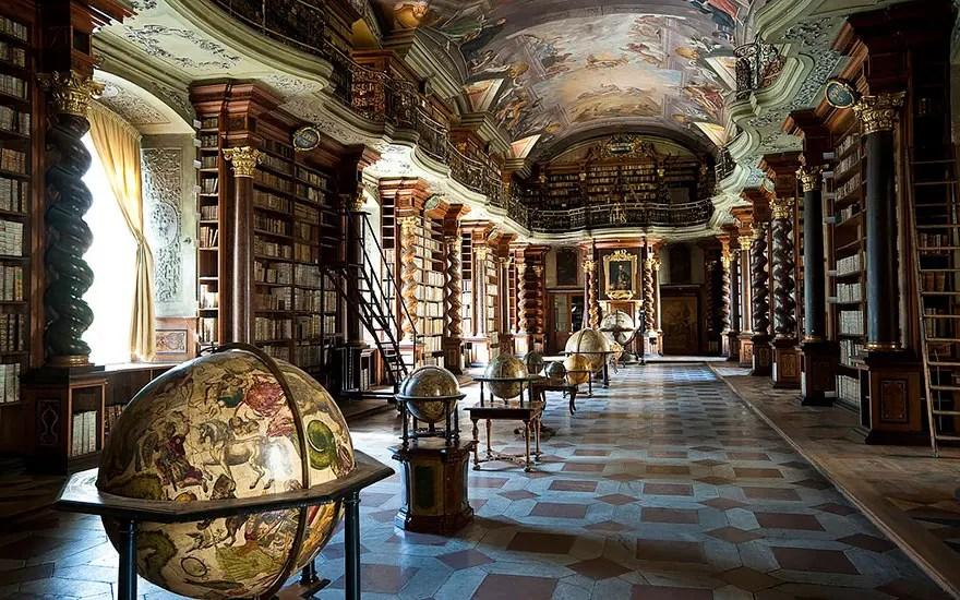biblioteca-praga4