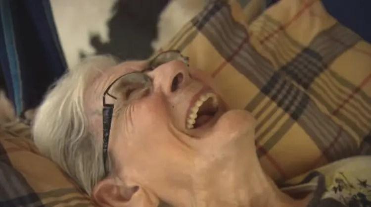 anciana-monta-caballo-9