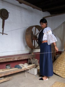 Otavalo lady Looming Otavalo, Ecuador © Carmen Cristina Carpio Tobar Comment