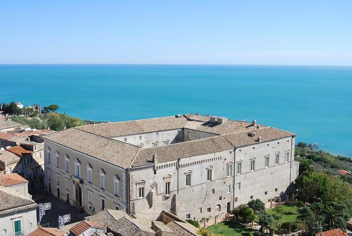 Palazzo-Davalos