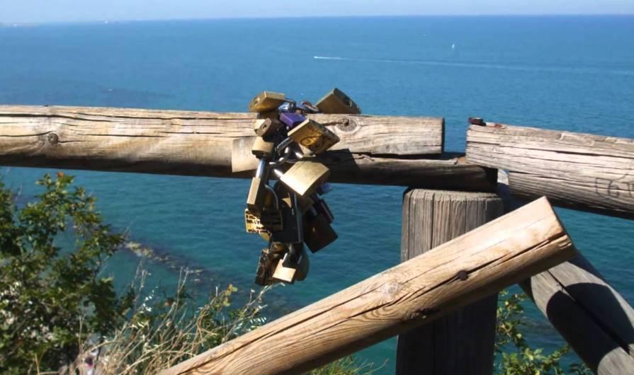 Al mare (a fine settembre) con D'Annunzio