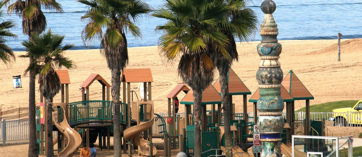 Kid's park on the beach!