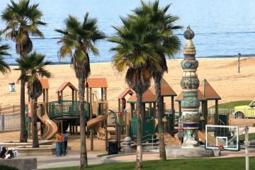 Kid's park on the beach!