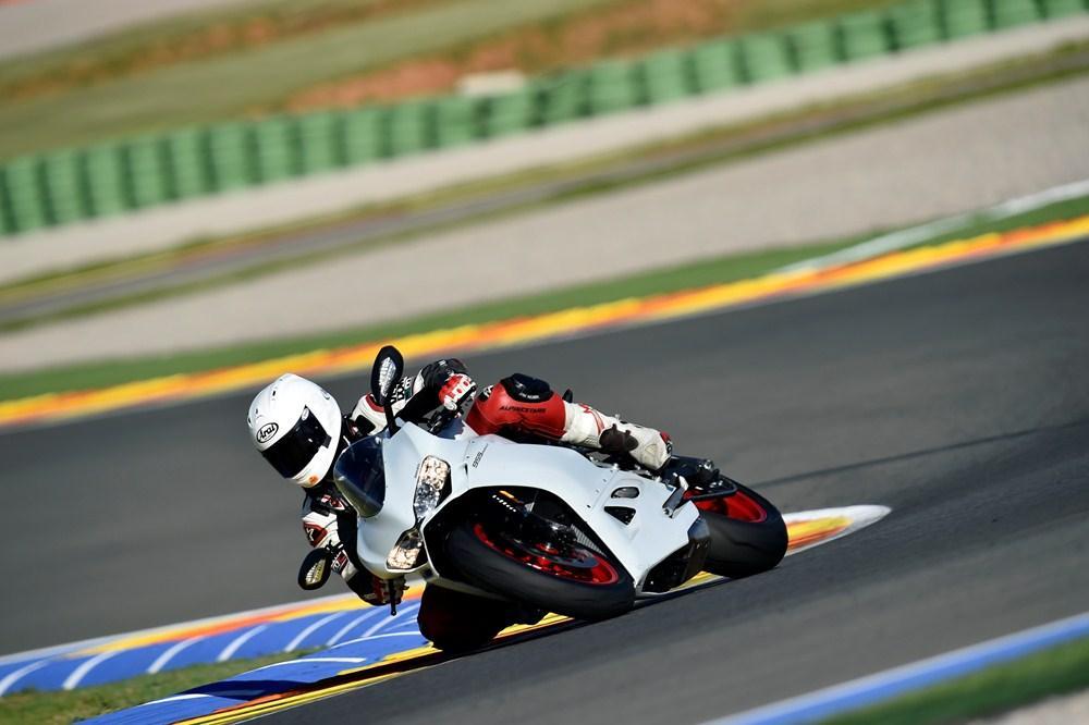 Ducati 959 vs 899 Panigale \u2013 what\u0027s changed? Visordown