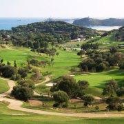 Stazzi, golf, turismo di lusso: oltre la protesta, l'ambientalismo in Sardegna ha un programma di governo?