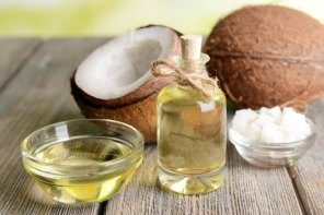 Benefits of coconut oil for midlife skin
