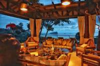 The Tree House - viva las villas