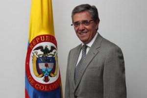 ColombiaMinistroViviendaCardona
