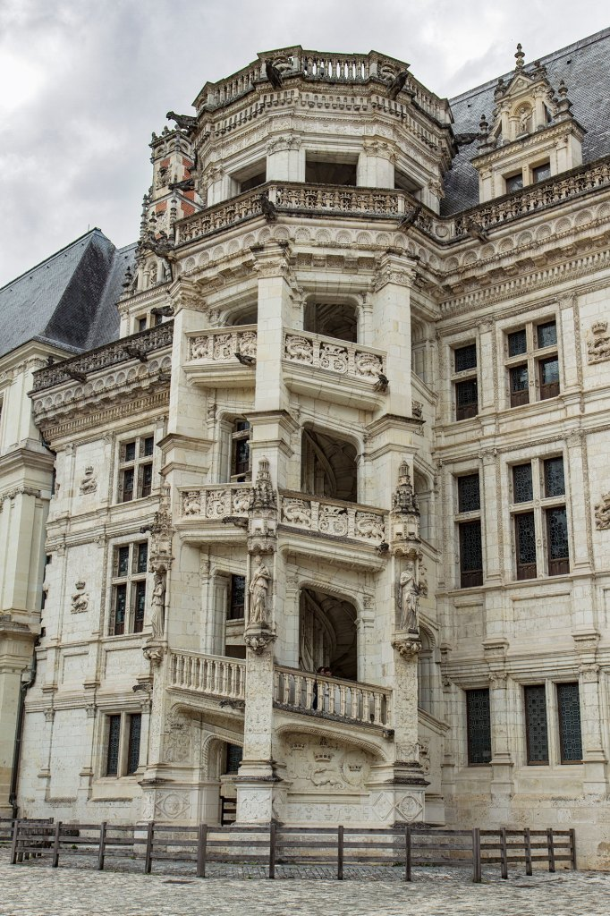 Blois-chateau-royal-1