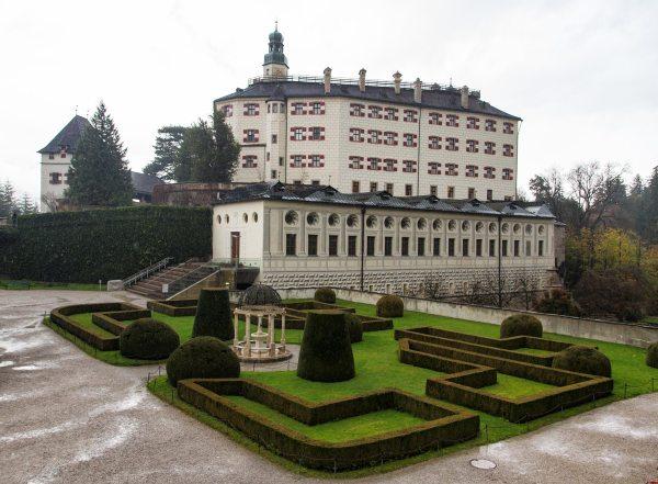 Schloss-Ambras-2