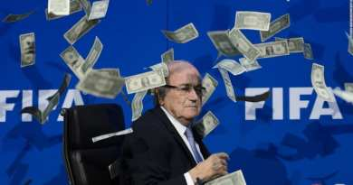 rsz_blatter_money