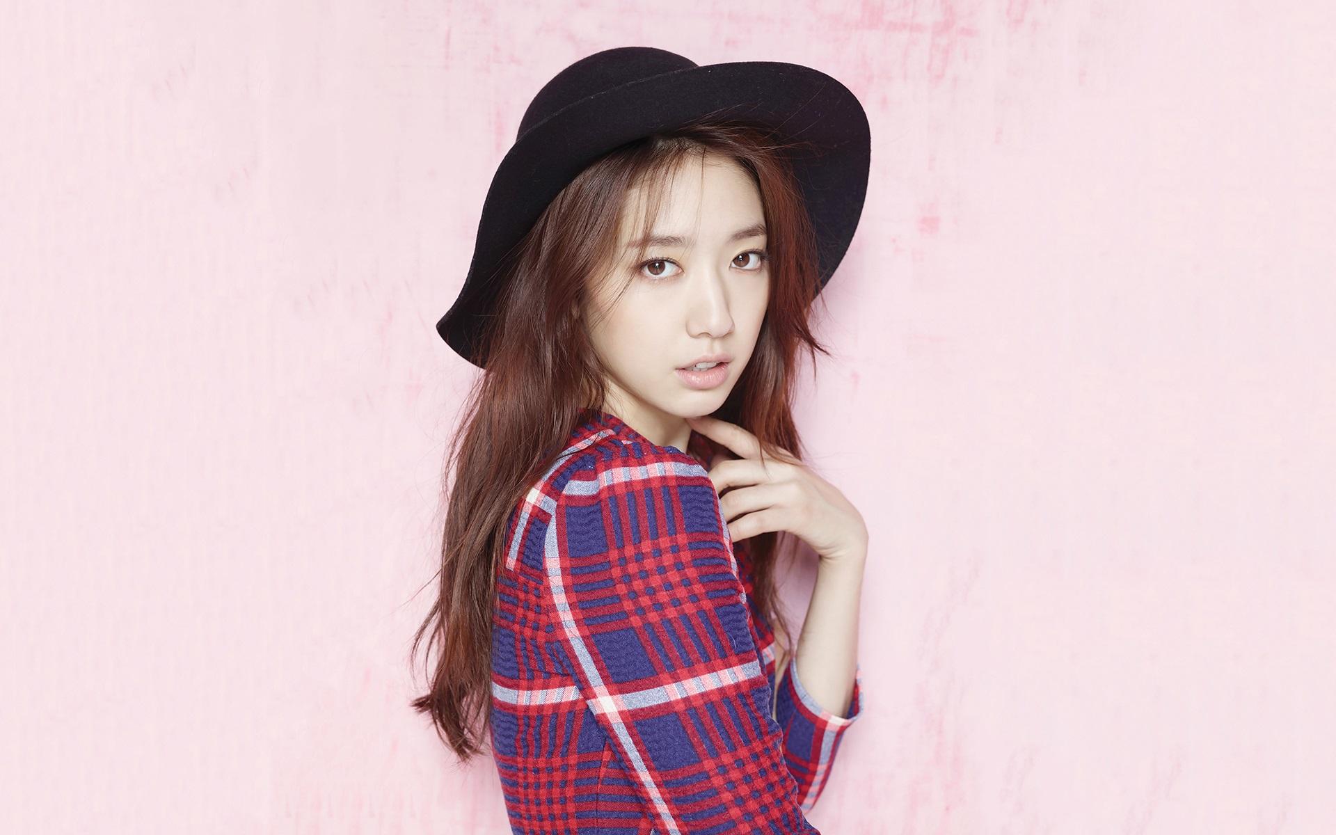 Cute Girl Hd Wallpapers 1080p Download Park Shin Hye 07 Wallpaper Celebrities Wallpaper Better