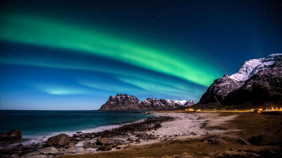 Northern Lights 3d Wallpaper Lofoten Islands Northern Lights Wallpaper Colorful
