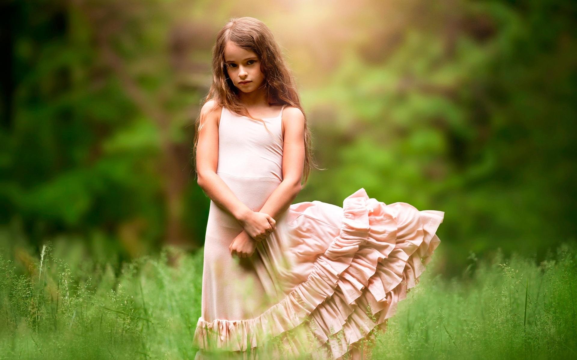 Fall Leaves Dancing Wallpaper Cute Girl Child Grass Wind Wallpaper Cute Wallpaper