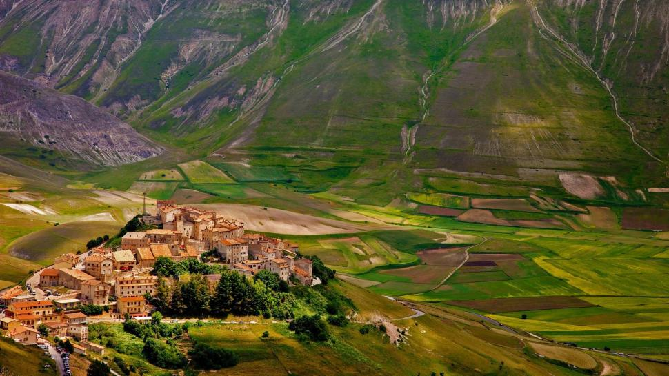 Custom Wallpaper 3d Castelluccio Italy Village Houses Fields Mountains