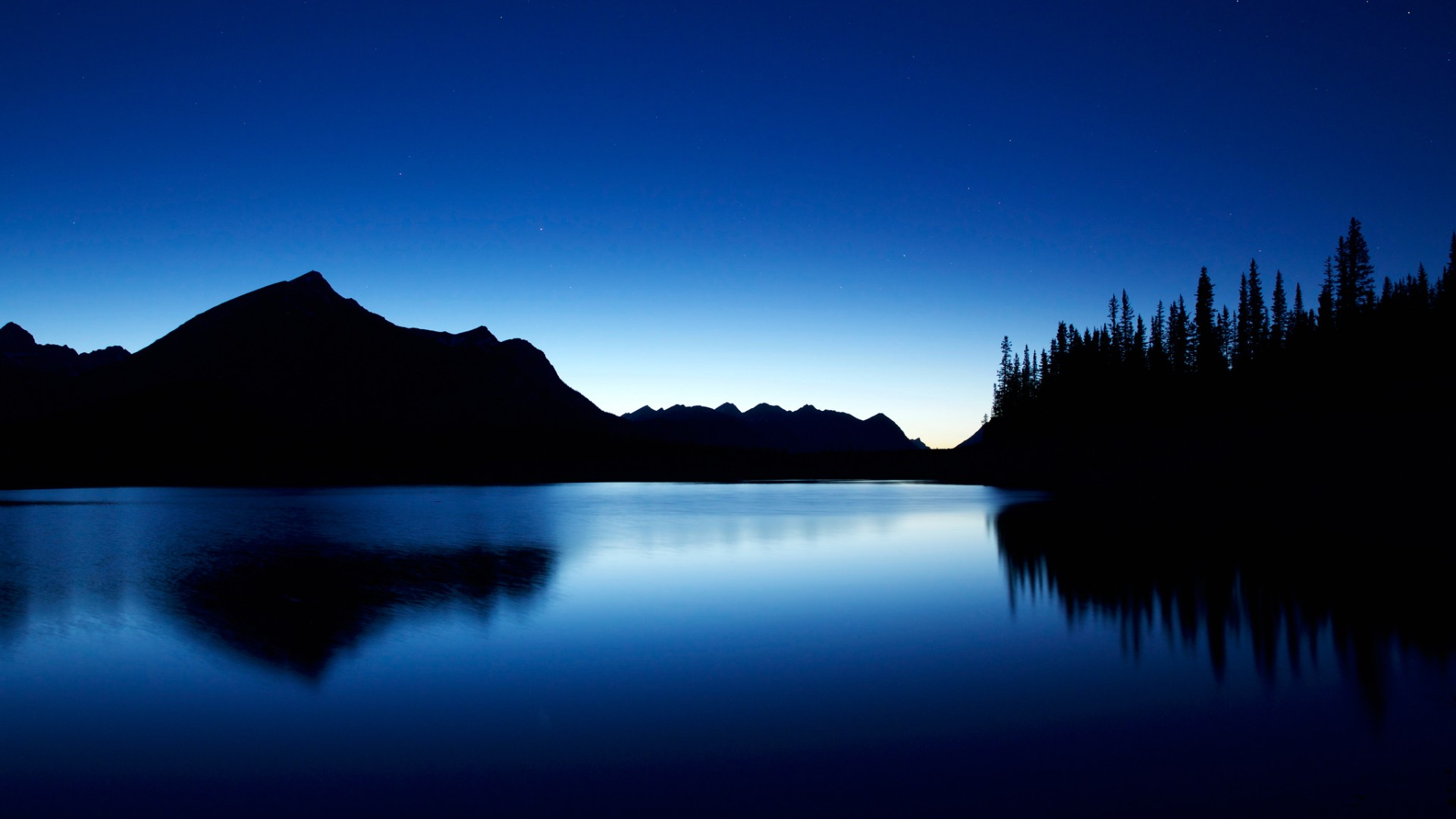 Windows 10 Wallpaper Hd 1920x1080 Cars Alberta Canada Lake Night Landscapes Blue Wallpaper