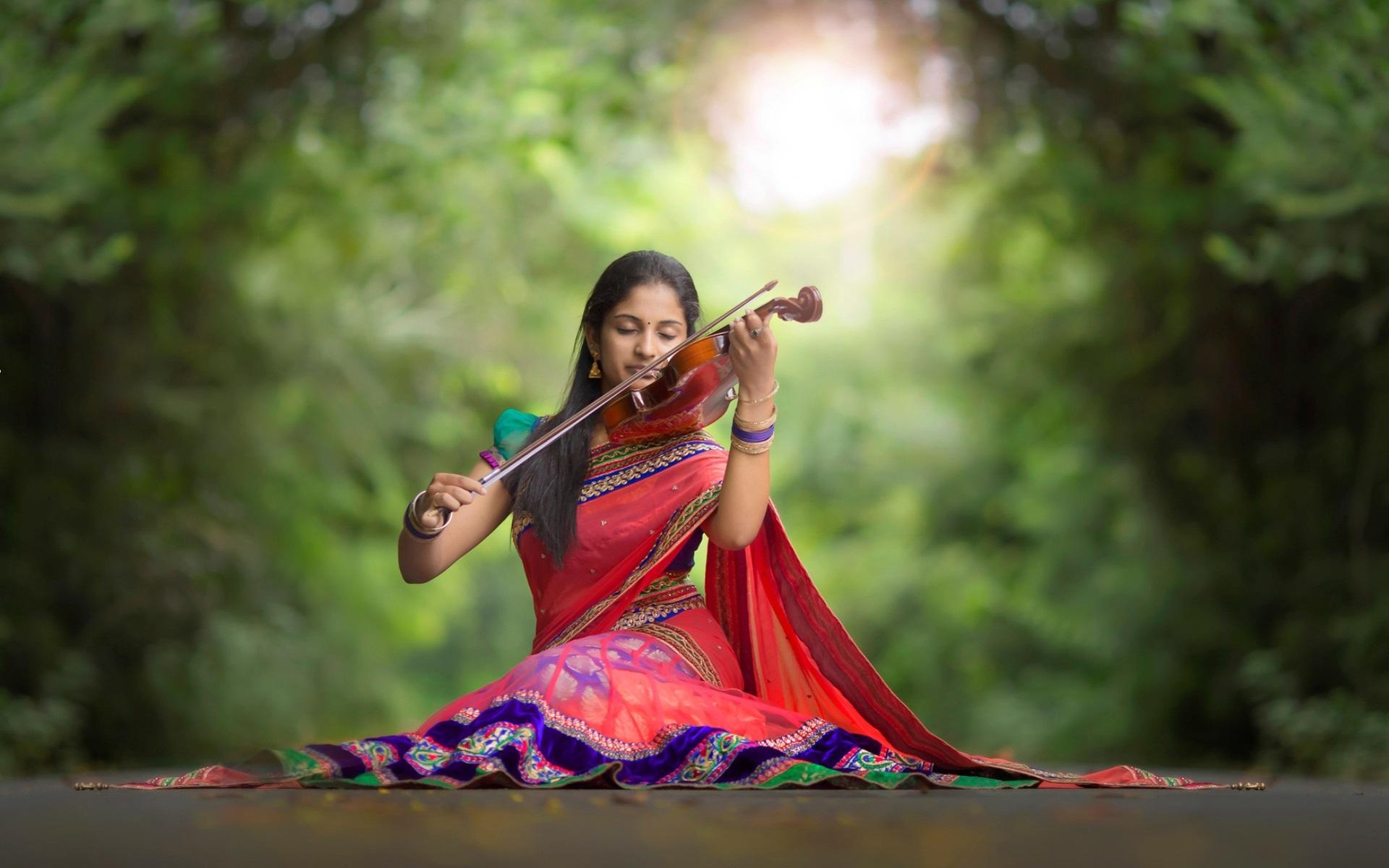 Wallpaper Hd Surfer Girl Indian Girl Violin Music Road Wallpaper Girls