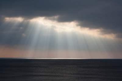 Sun rays through clouds HD wallpaper | Wallpaper Flare