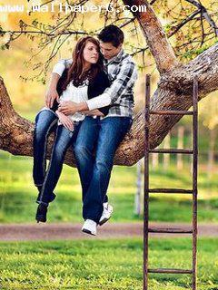 Girl Proposing A Boy Wallpapers Download Boy And Girl Romancing On Tree Romantic