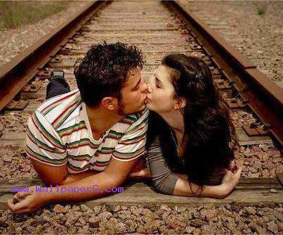 Boy Girl Kiss Love Wallpapers Download Touching Love Story Romantic Wallpapers For