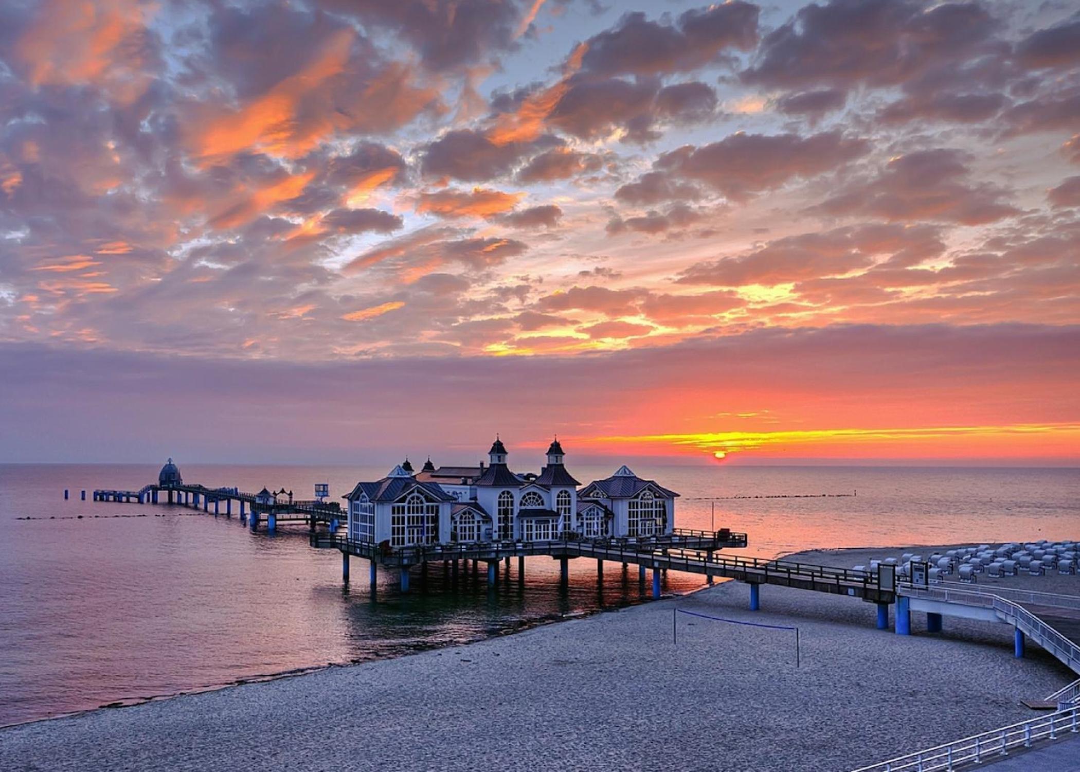 Aston Martin Wallpaper Hd Download Ocean Pier Sunset Wallpaper Free Hd Downloads