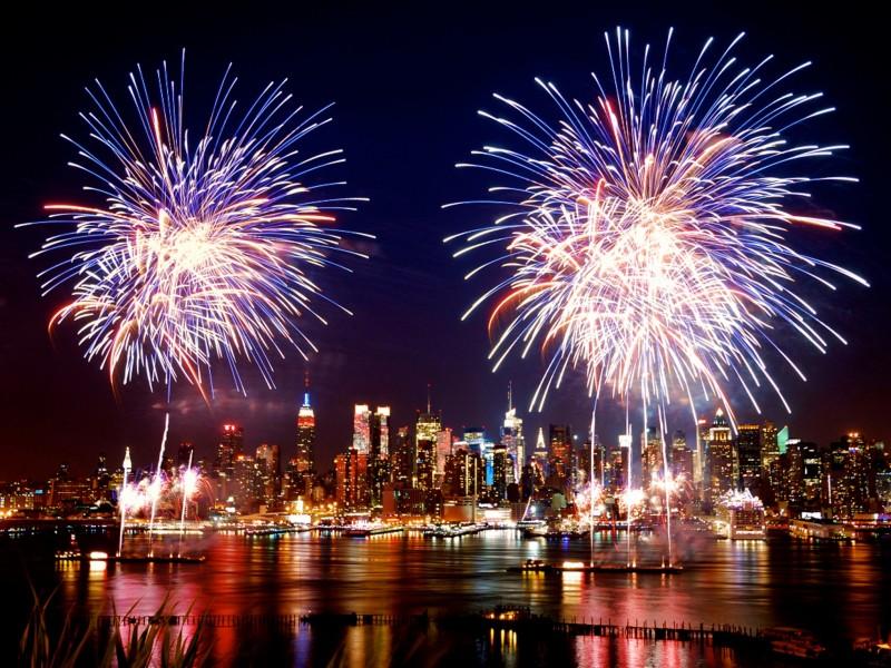 Katrina Kaif 3d Wallpaper Nye Fireworks Wallpaper Free Hd Downloads