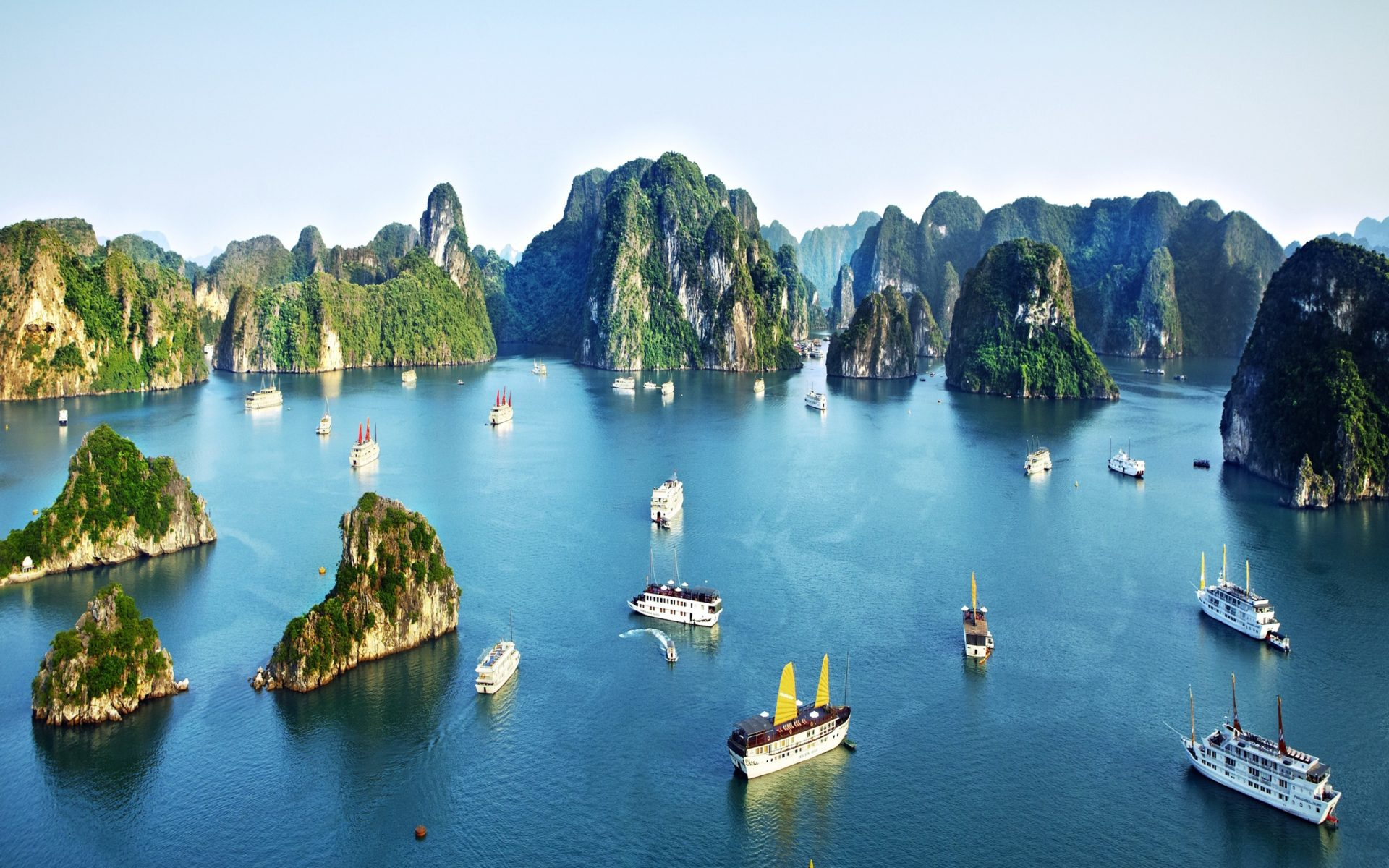 Spain Wallpaper Iphone Related To Halong Bay Vietnam Lonely Planet Wallpapers13 Com