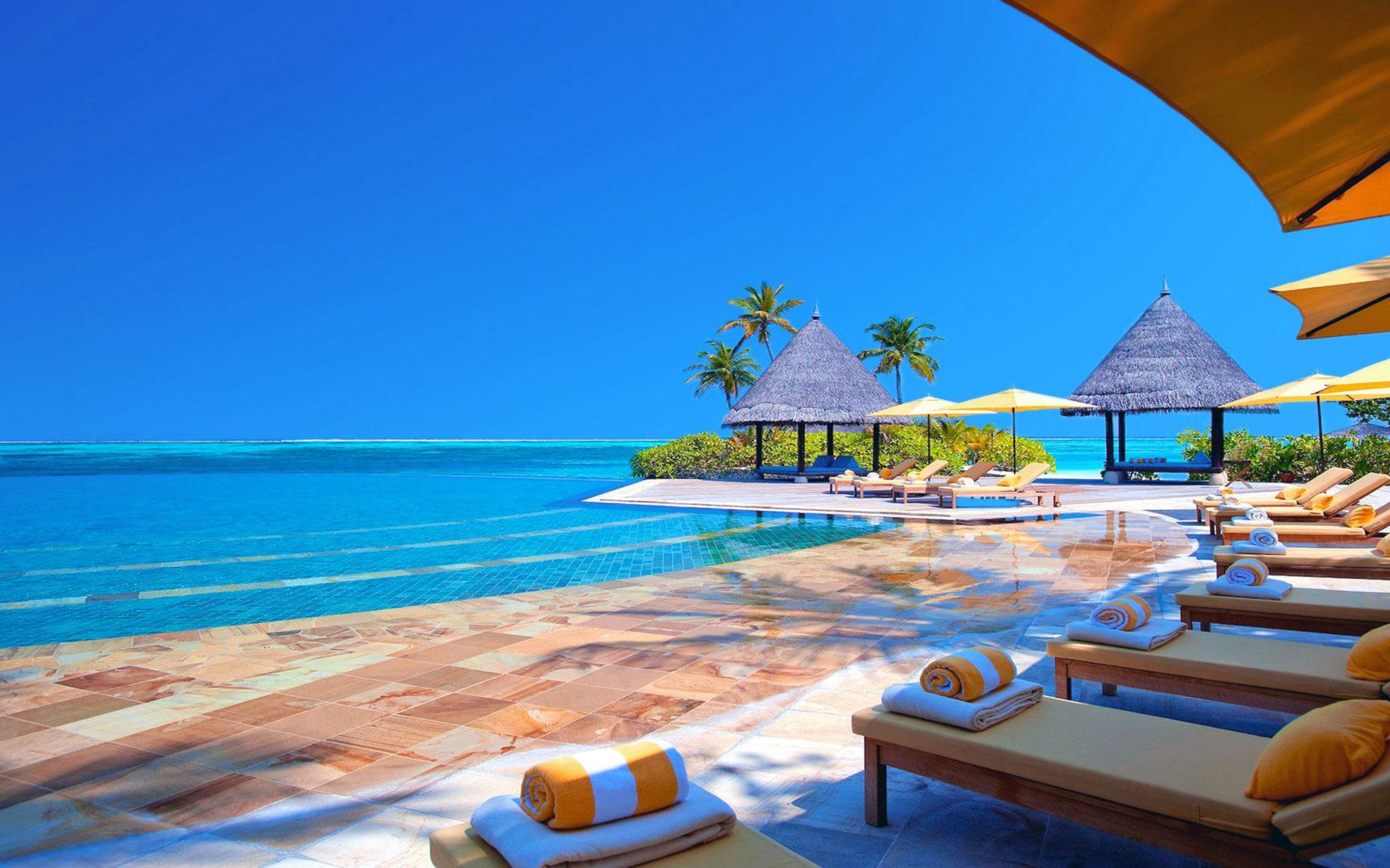 Surfer Girl Bali Wallpaper Hotel Terrace Chairs Ocean Maldives Hd Wallpaper 2560x1440
