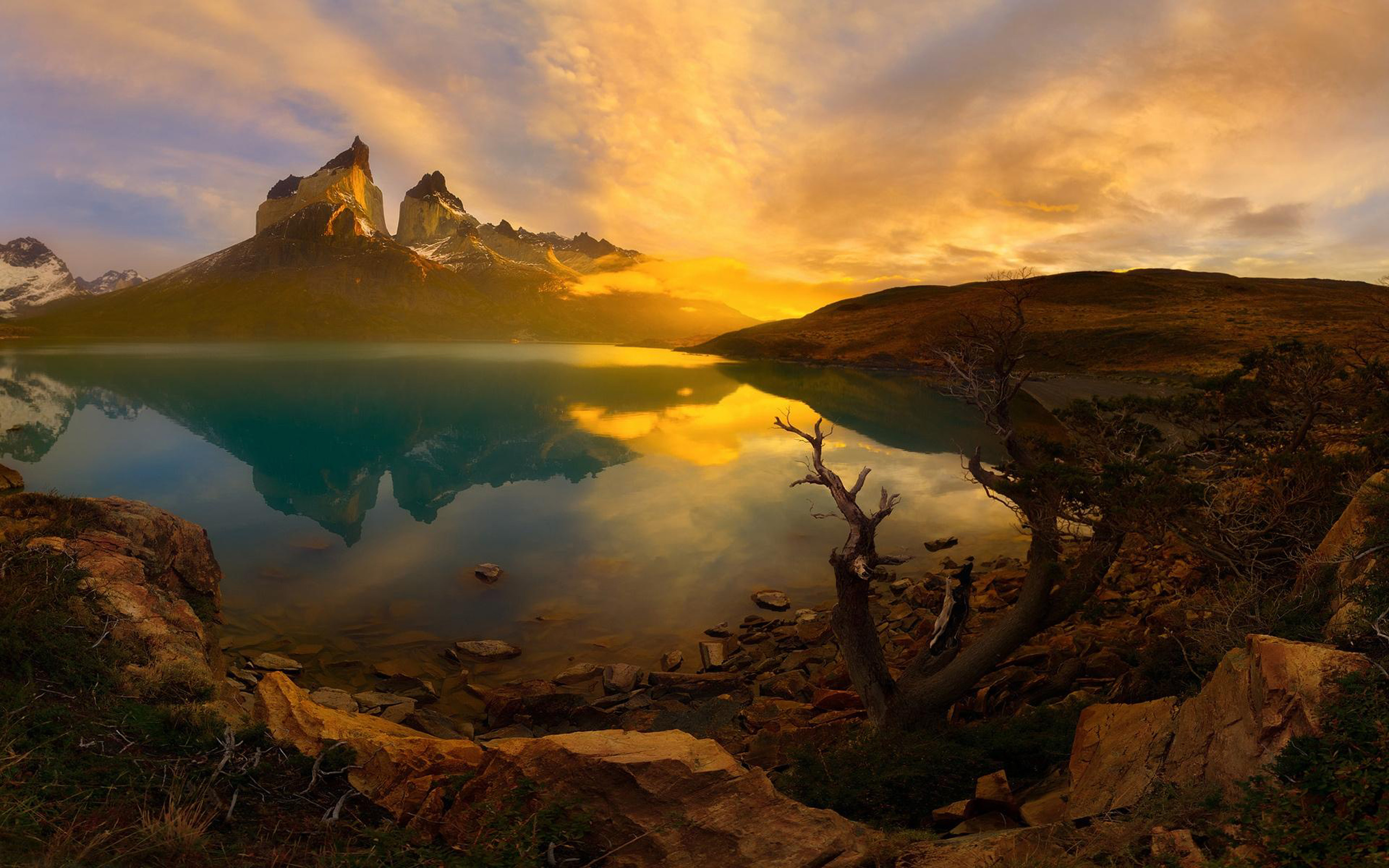 Free Fall Screensavers And Wallpaper Sunset National Park Torres Del Paine Patagonia 2560x1600