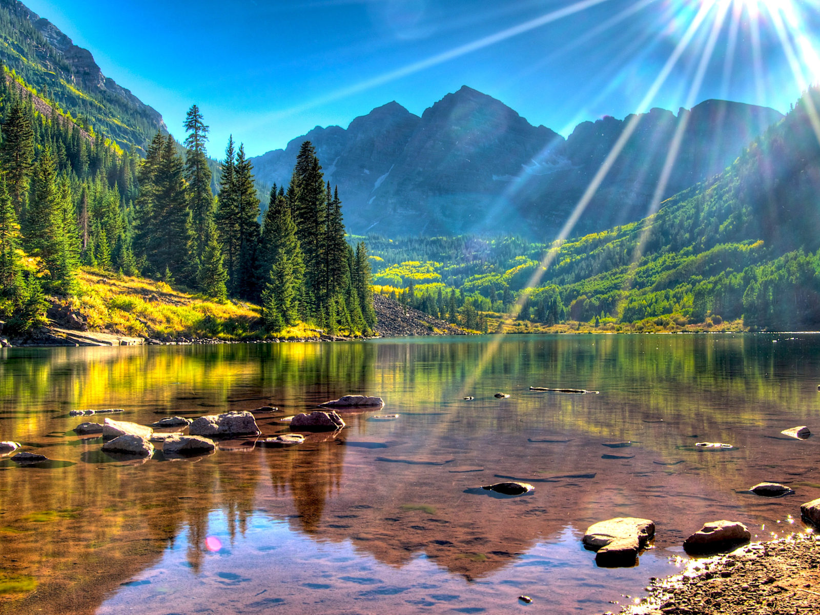 Wallpaper Cars 1366x768 Lake Maroon Bells Usa Colorado Mountains With Green Forest
