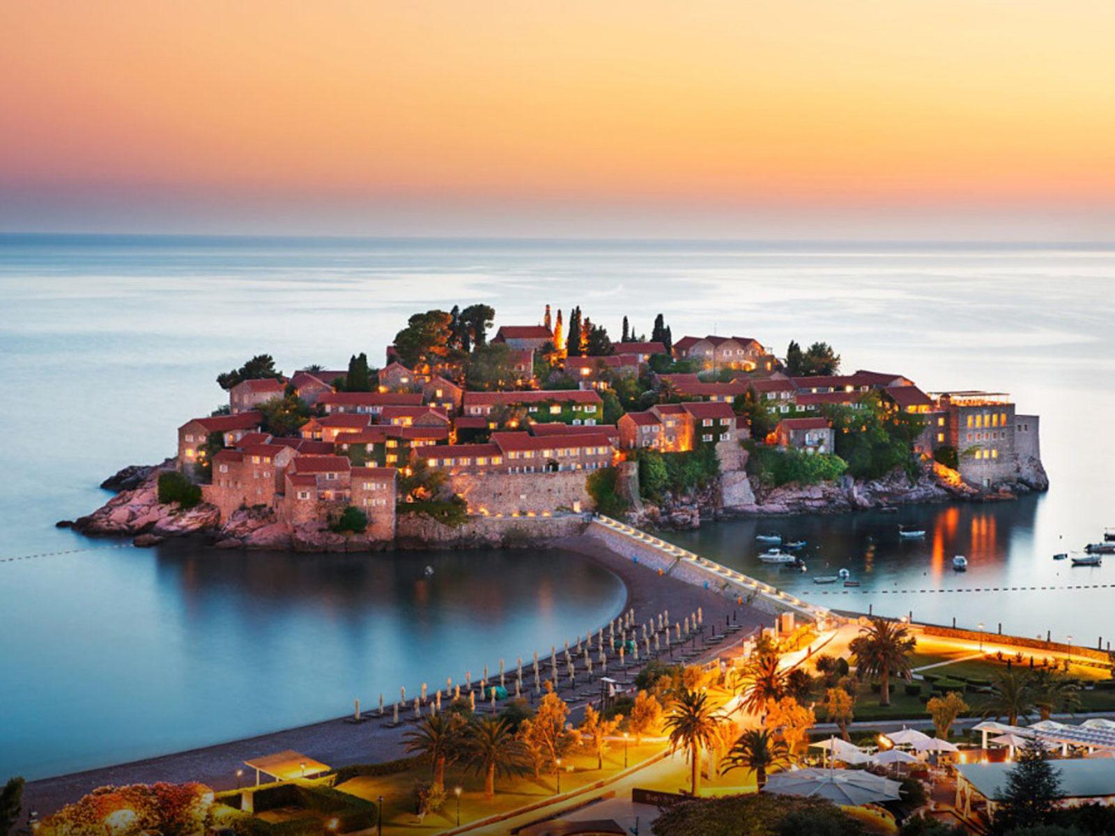 Wallpaper Amazing Cars Sveti Stefan Montenegro Adriatic Sea Wallpapers13 Com
