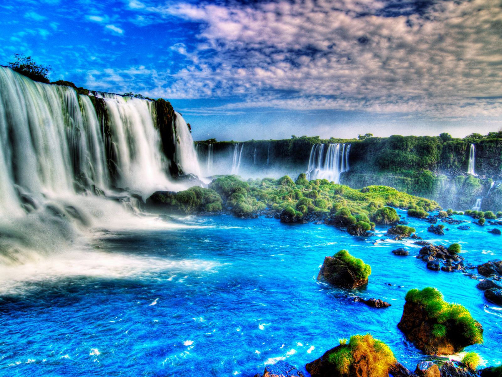Pretty Fall Desktop Wallpaper Iguazu Falls Iguazu River On The Border Of The Argentine