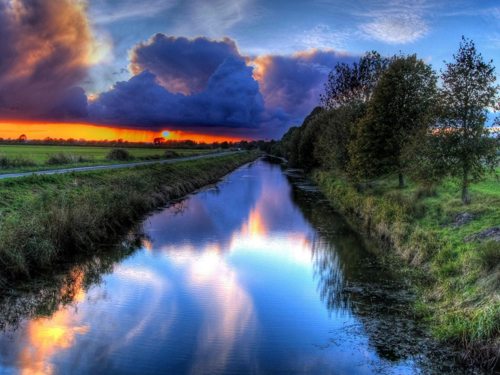 Free Fall Desktop Wallpapers Backgrounds Sunset Orange Sky Dark Clouds Channel Water Path Trees Hd