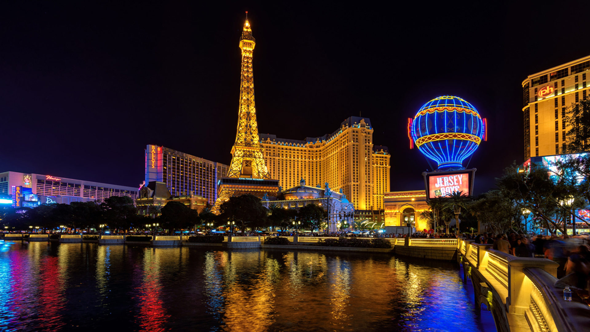 Hd Wallpapers Android Lock Screen Hotel Paris And Eiffel Tower In Las Vegas Nevada Desktop