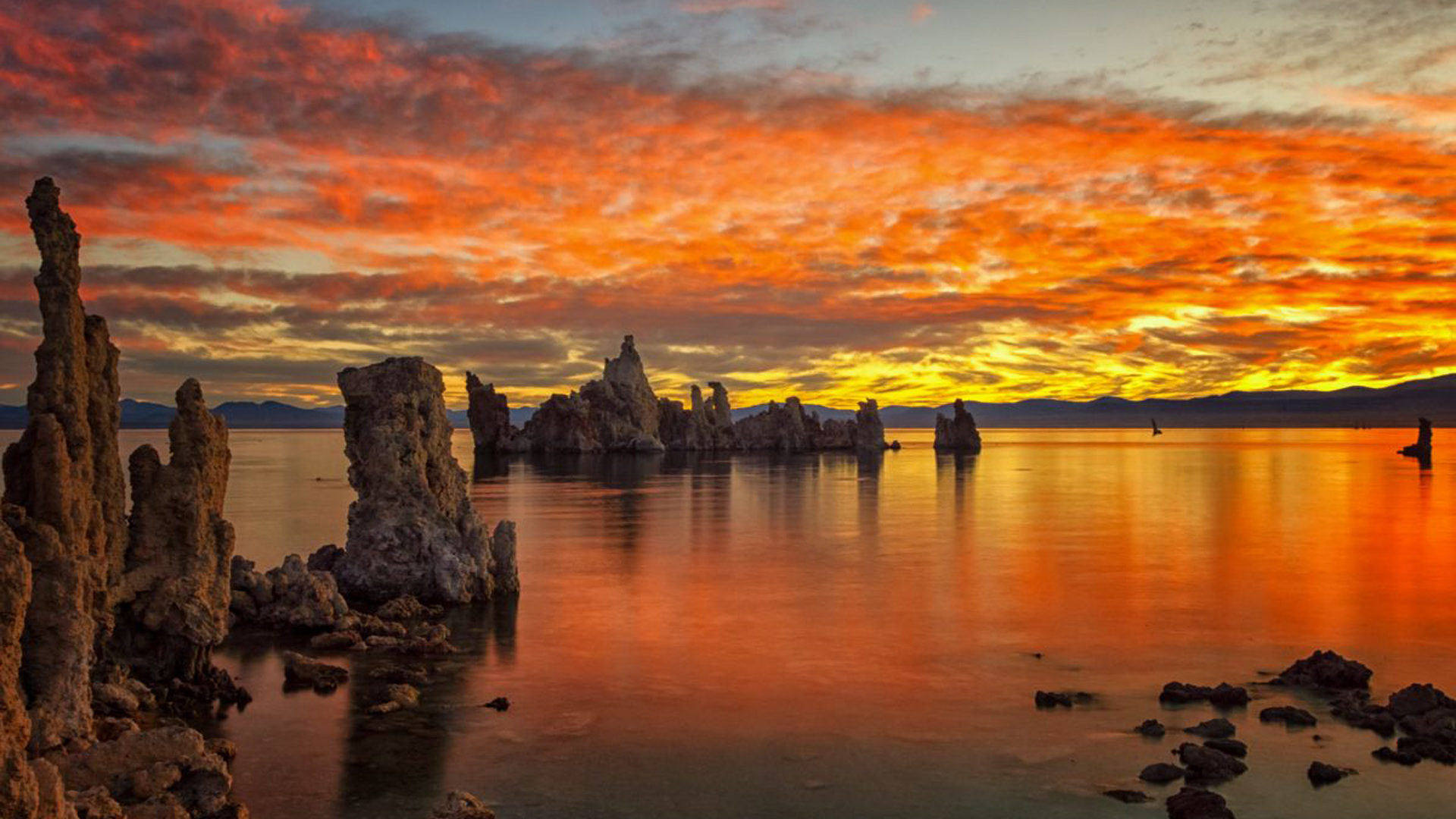 Water Fall Wallpaper Hd For Desktop Free Download Sunset At Mono Lake South Tufa Karptesti Towers In Lake