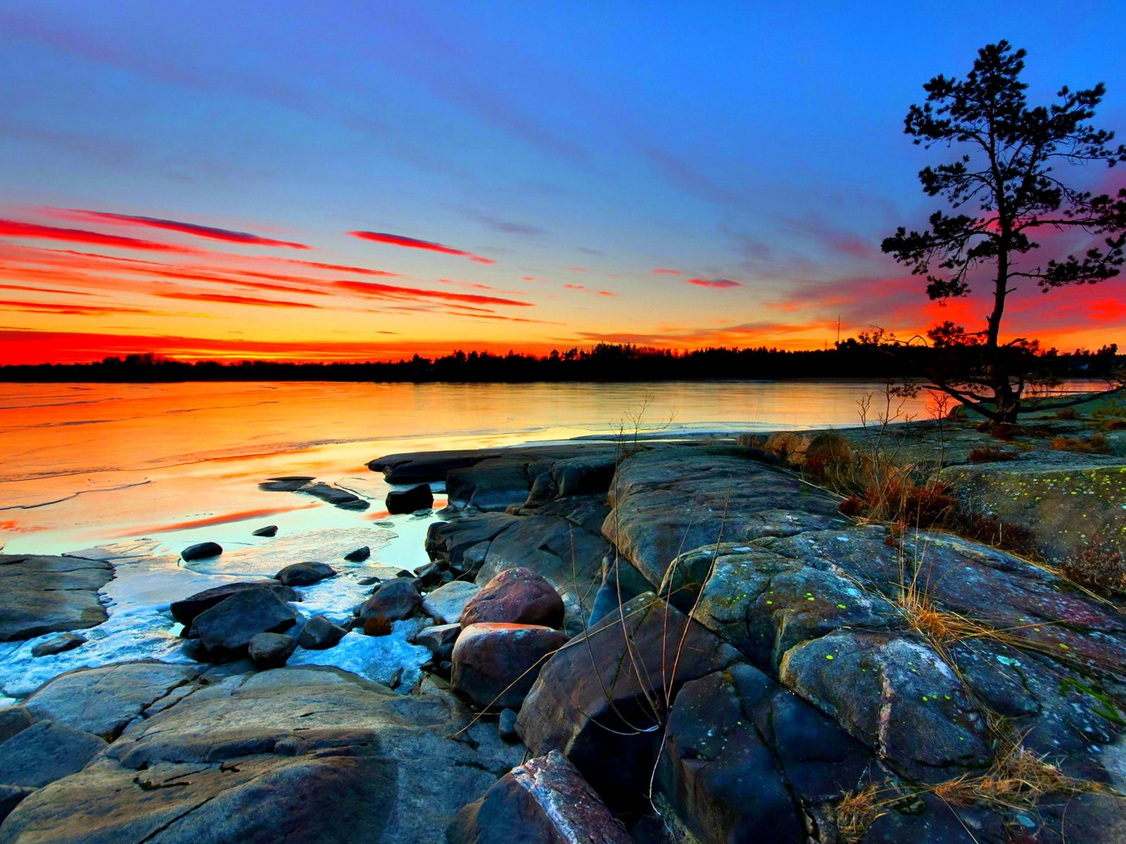 Cars 2 Wallpaper Free Download Hd Sunset Rocky Shores The Sky With Red Cloud Sea Horizon