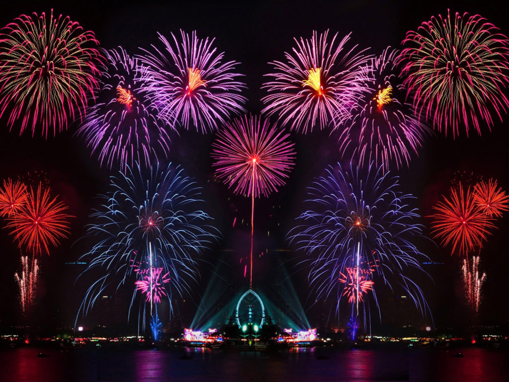 Lock Screen Wallpaper Iphone X Happy New Year New Years Eve Fireworks In Australia