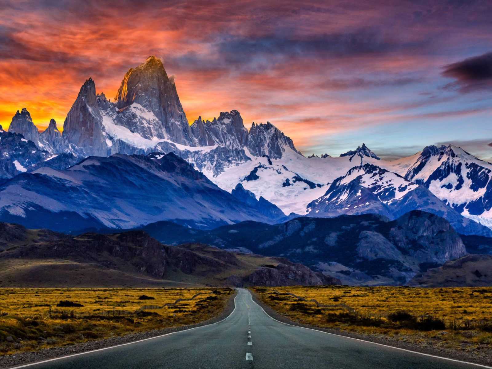 Mountain Wallpaper Hd Iphone Fitz Roy Mountain In South America Patagonia Between