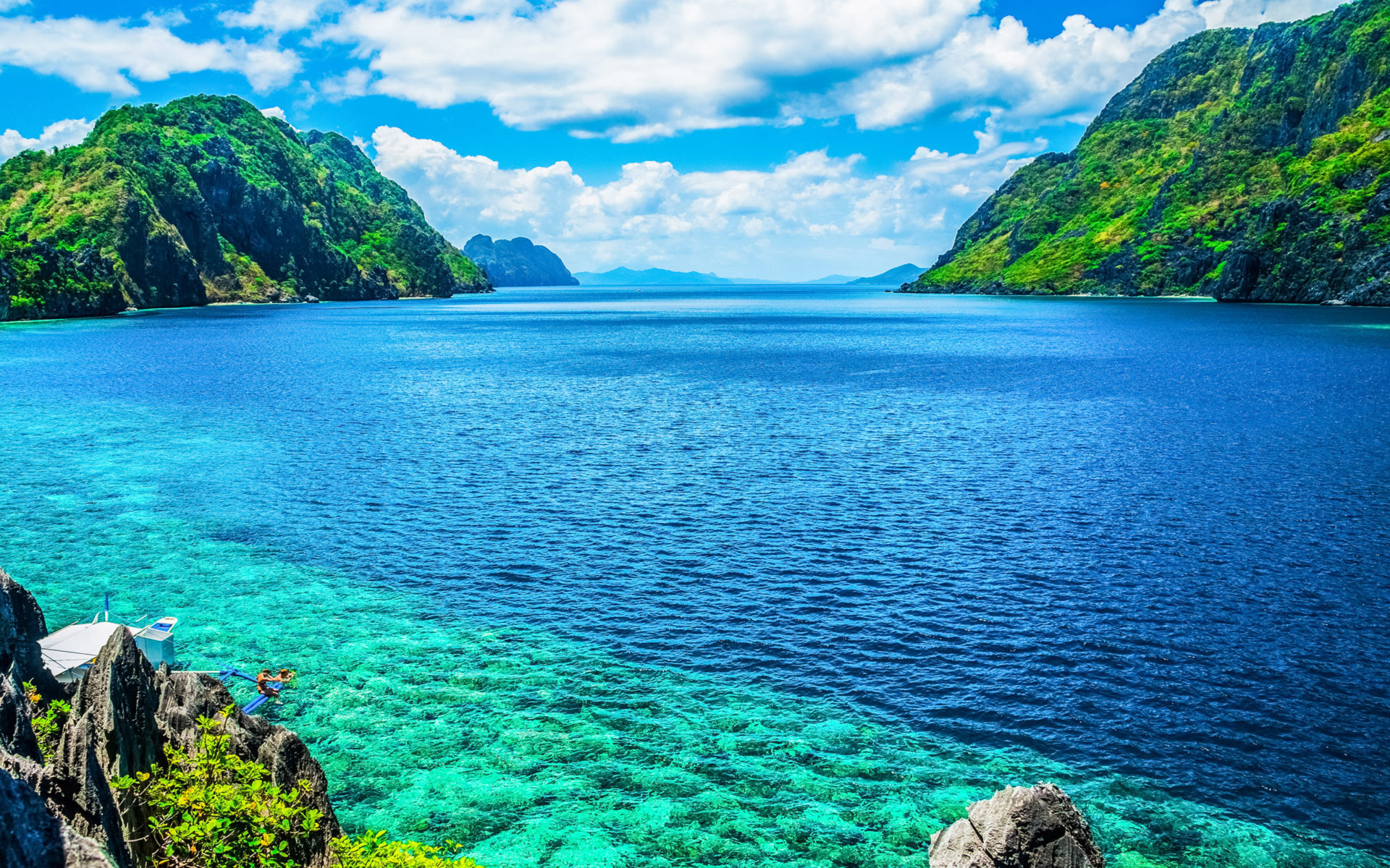 Pc Hd Car Wallpapers Free Download Palawan Philippines A Scenic View Of The Sea And Mountain