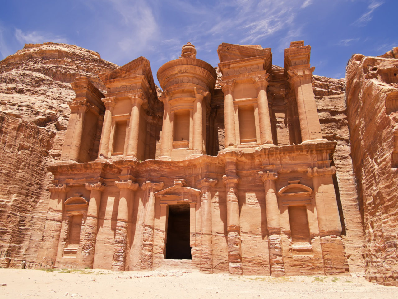 Palace Wallpaper Hd Monastery And Petra Jordan City Of Petra The Capital Of