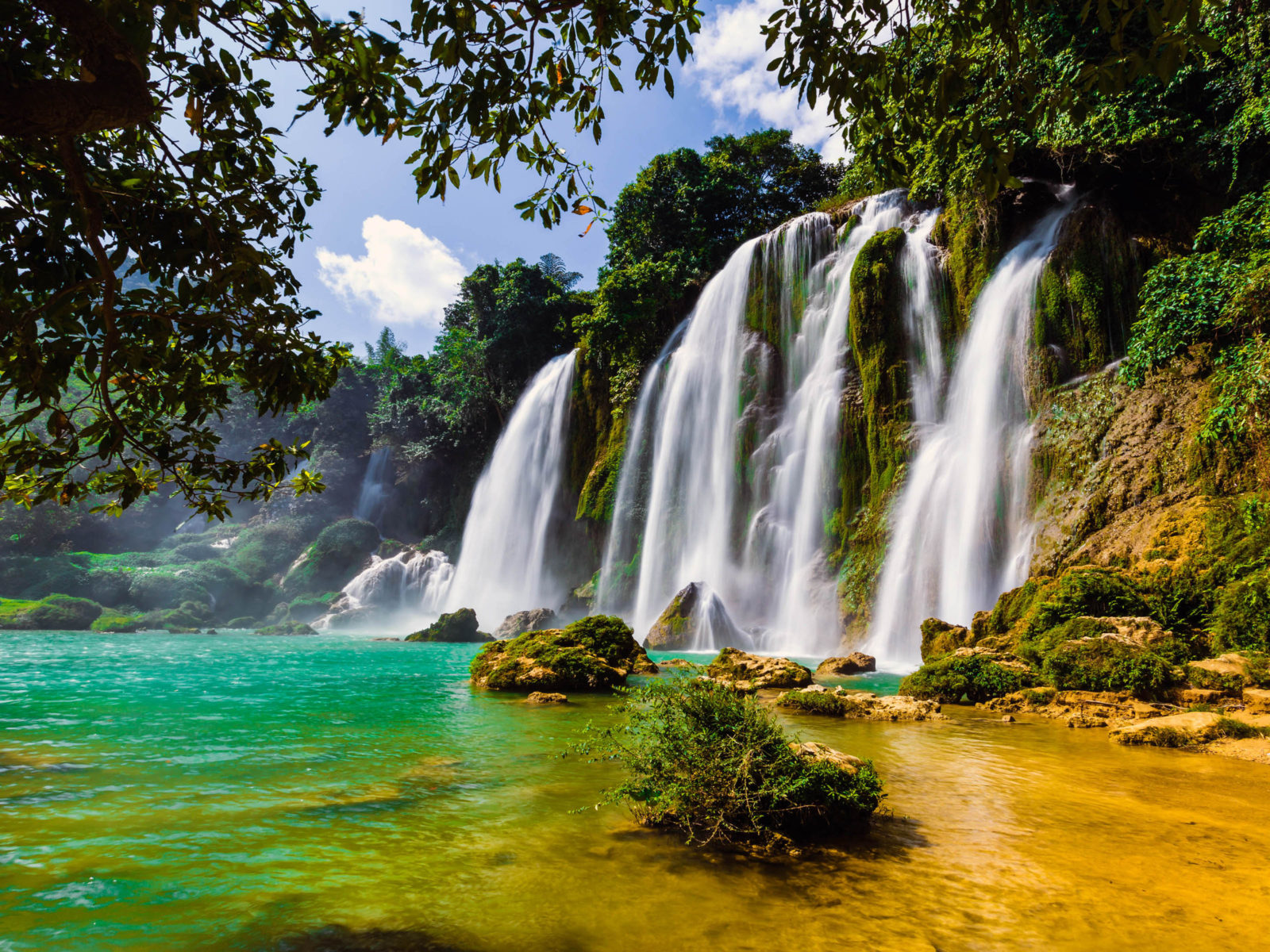 Beautiful Cars Wallpapers Free Download Ban Gioc Waterfall In China And Vietnam 4k Wallpapers Hd